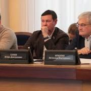 Новосибирским депутатам запретили комментировать отмену партсписков