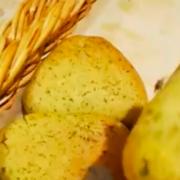 Новосибирец нашел булочки с тараканом в элитном супермаркете