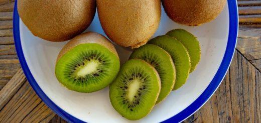 Названы 8 фруктов, которые эффективнее сжигают жир