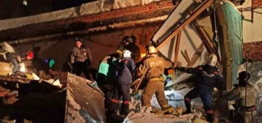 Рванул и успел выскочить: новосибирец рассказал, как спасся при обрушении кафе