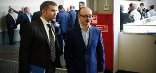 Новосибирский единоросс предложил запретить депутатам горсовета работать на мэрию
