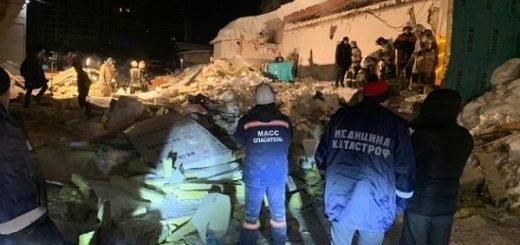 Новосибирские медики прооперировали пострадавших при обрушении крыши кафе