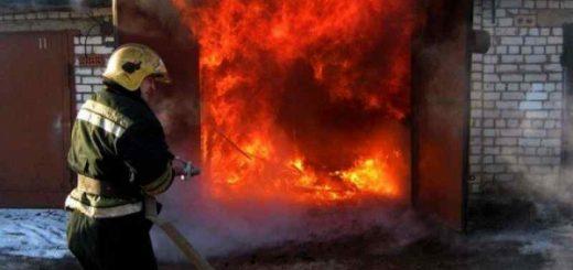 Машины мусорного оператора едва не сгорели в Барабинске