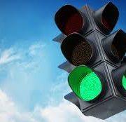 В Первомайском районе Новосибирска появился автоматический светофор