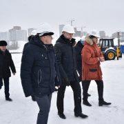 Губернатор Травников проверил установку тысячной сваи на новом ЛДС