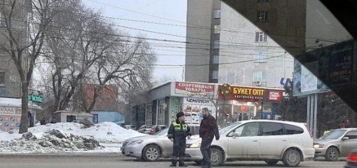 Новосибирских сотрудников ГИБДД ошибочно обвинили в ДТП