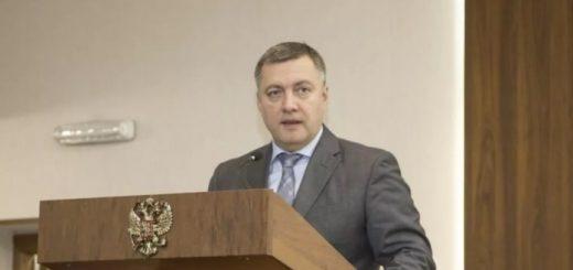 Игорь Кобзев возглавил медиарейтинг сибирских губернаторов