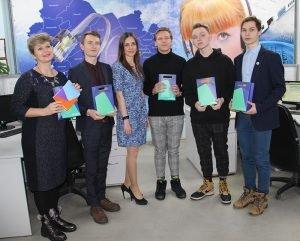 «Ростелеком» в Новосибирске организовал экскурсию для старшеклассников