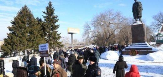 Омские коммунисты обвинили верующих в эскалации конфликта вокруг храма