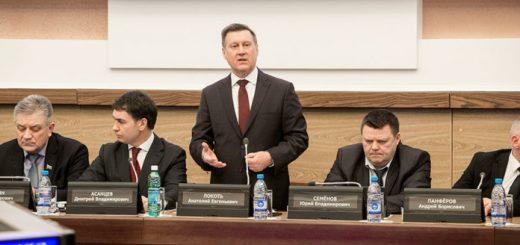 Мэр Новосибирска Анатолий Локоть: «Городские задачи решаются в условиях ограниченного бюджета»