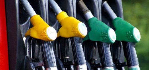 Алтайский край в «хвосте» рейтинга по доступности бензина в Сибири