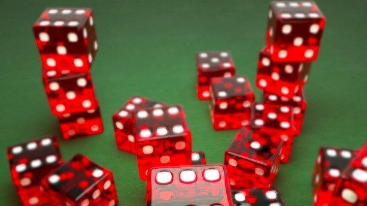 Два новосибирца получили условные сроки за алтайское казино