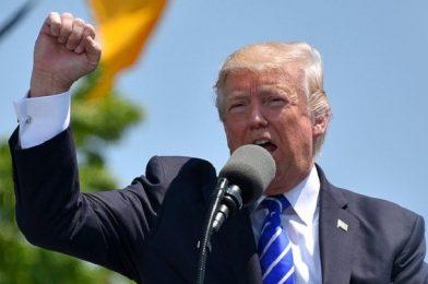 Трамп сдал анализы на выявление коронавируса