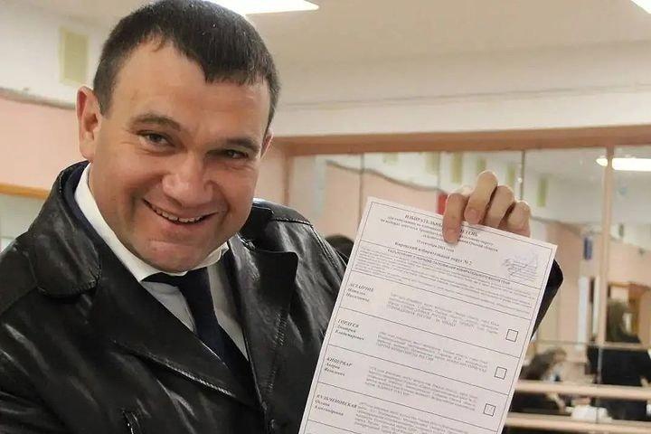 Единоросса из омского заксобрания обвинили в неуплате налогов на 46 млн